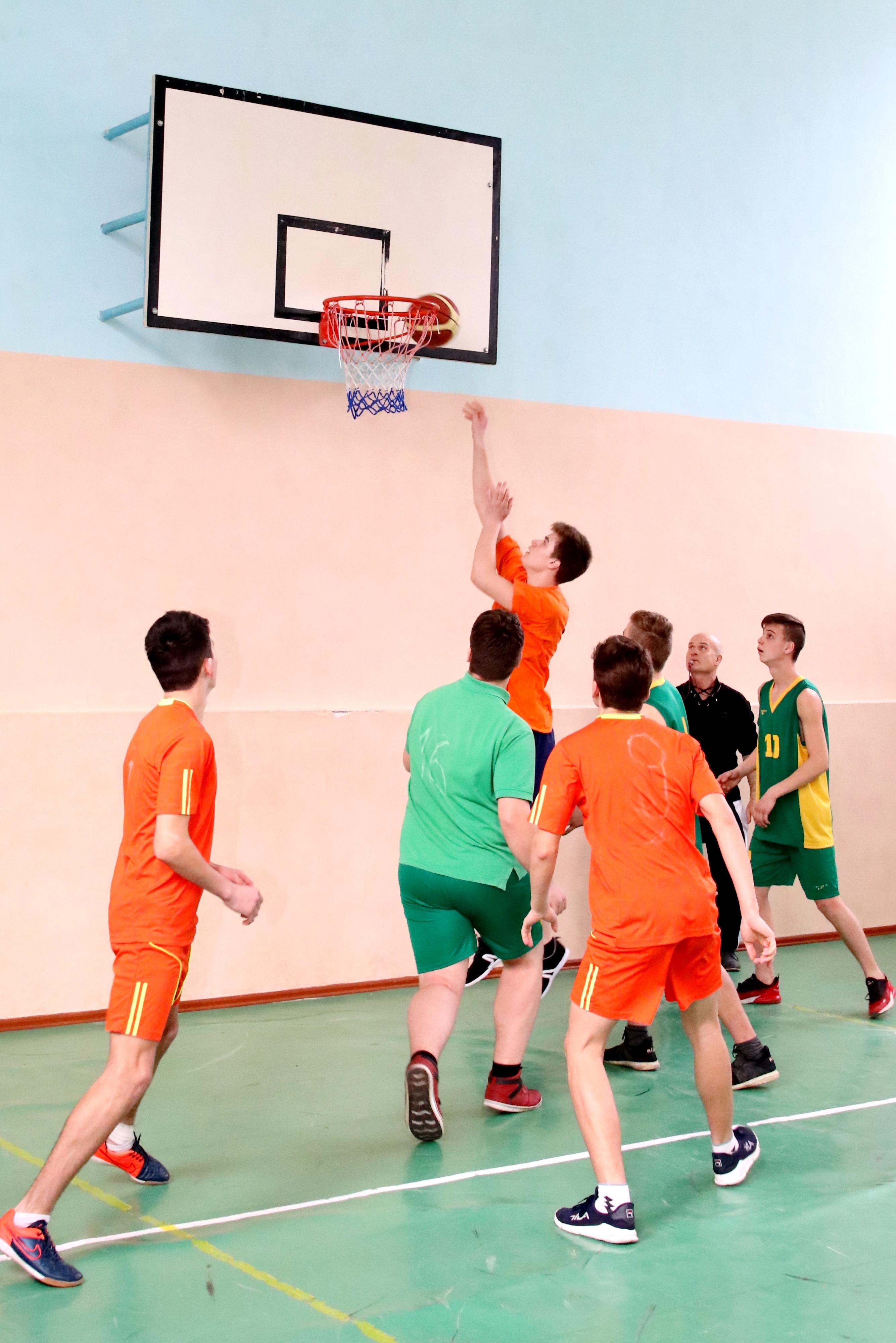 Campionii raionului Cimișlia la baschet masculin și feminin