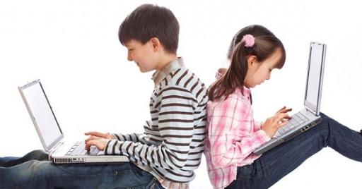 Elevii din peste 750 de şcoli vor învăţa online
